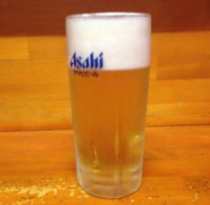 ホルモン丸和特盛4点セットの生ビール